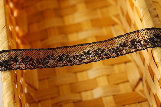 画像2: 5m幅1.7cm小花柄フランス製リバーレース 黒