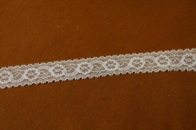 画像4: 大量49m!幅3.1cm透け感のある綺麗な花柄ラッセルストレッチレース オフホワイト