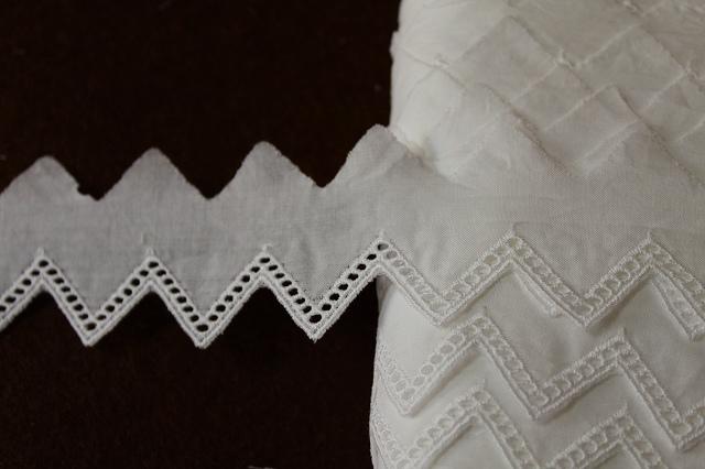 画像1: 訳あり、お買い得!137m!幅3.3cm可愛い三角の綿レース ホワイト