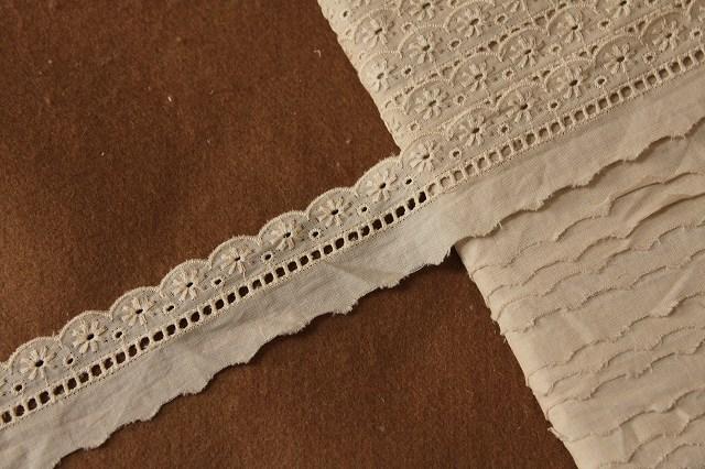 画像1: 6m!幅3cm美しい花柄綿レース ブラウン