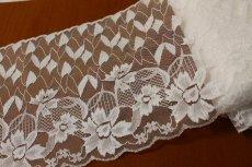 画像2: ラッセルレース ホワイト 1m!幅19cm花柄 (2)