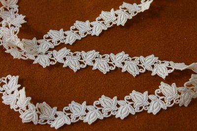 画像3: 7m!幅2.3cm薔薇のつぼみ綿ケミカルレース オフホワイト