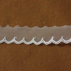 画像3: お買い得6.5m!幅2.5cm可愛いスカラ柄チュールレース ホワイト (3)