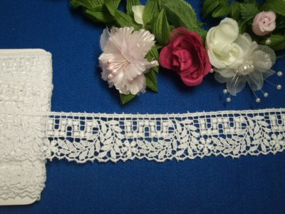 画像1: 3m!幅3cm綺麗な小花と葉柄綿ケミカルレース 白