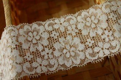 画像2: 150円!2m!幅6.2cm可愛いお花柄ラッセルストレッチレース オフホワイト