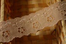 画像3: 6m!幅3.8cmキュートな小花柄綿レース ブラウン (3)