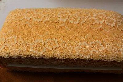 画像3: ラッセルストレッチレース ソフトオレンジ 幅14cm花とリボン柄 5m巻