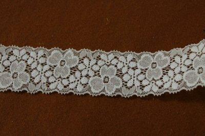 画像1: 10m!幅4cm両山美しい花柄ラッセルストレッチレース オフホワイト