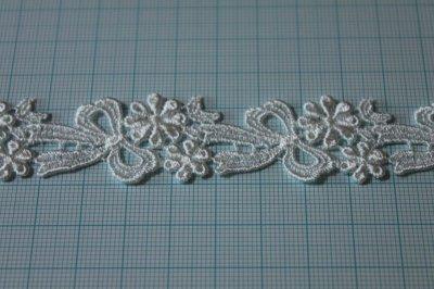 画像1: 3m!幅2.2cmリボンと小花柄ケミカルレース オフホワイト