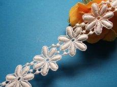 画像6: 1m!幅2.5cm綺麗な花柄綿ケミカルレース オフホワイト (6)