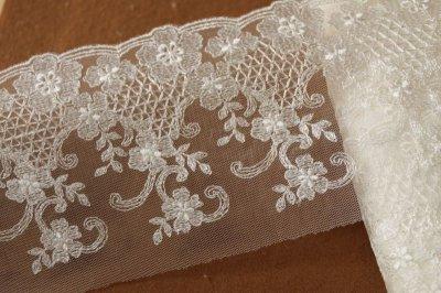 画像3: 3m!幅10.5cm繊細な花柄刺繍のチュールレース オフホワイト
