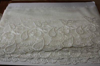 画像3: 3m!幅15.5cm繊細な刺繍のペーズリー柄チュールレース オフホワイト