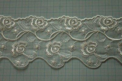画像1: 3m!幅7.8cm両山の美しい薔薇柄チュールレース オフホワイト