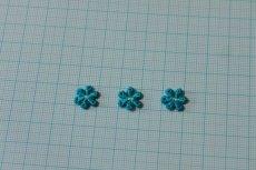 画像2: 15個セット!幅1.2cm小花のケミカルモチーフ ブルー アクセサリーレース (2)