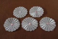 画像8: 5個組!幅4.1cm光沢のある花柄ケミカルレースモチーフ オフホワイト (8)