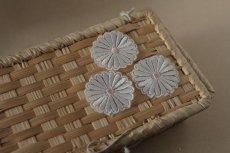 画像7: 5個組!幅4.1cm光沢のある花柄ケミカルレースモチーフ オフホワイト (7)