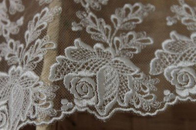 画像3: 6m!幅12cm綺麗な薔薇柄チュールレース オフホワイト ドールドレスに