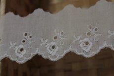 画像8: 6m!幅4.2cm可愛い薔薇柄綿レース ホワイト (8)