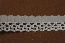 画像3: 6m!幅3.1cm綺麗な刺繍の綿レース オフホワイト (3)