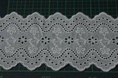 画像4: 綿レース オフホワイト 幅7.3cm刺繍のきれいな両山 3m巻 (4)