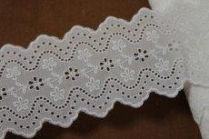 画像6: 綿レース オフホワイト 幅7.3cm刺繍のきれいな両山 3m巻 (6)