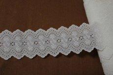 画像8: 綿レース オフホワイト 幅7.3cm刺繍のきれいな両山 3m巻 (8)