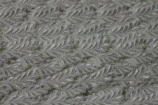 画像10: ケミカルレース オフホワイト 光沢のある大小の葉っぱ柄 3m巻 (10)
