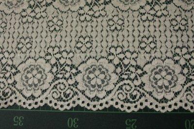 画像3: ラッセルレース オフホワイト マスク 幅14.2cm両山花柄 1m