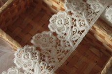 画像5: 3m!幅6.5cm美しい刺繍の花柄綿ケミカルレース オフホワイト (5)