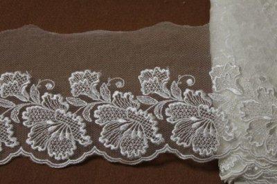 画像2: 1m巻幅11.2cm大ぶりの花柄チュールレース オフホワイト