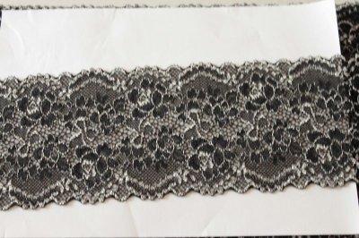 画像2: ラッセルストレッチレース 黒オフホワイト 58m巻!幅8.5cm薔薇柄