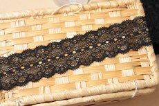 画像7: ラッセルストレッチレース 黒 幅4.4cmリボン通し 日本製5m巻 (7)