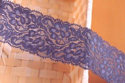 画像2: ストレッチラッセルレース ネイビー 日本製 幅5cmバラ柄 5m巻