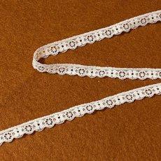 画像6: リバーストレッチレース オフホワイト 2m巻!幅1.1cm車輪と小花柄 (6)