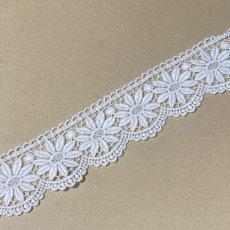 画像5: 綿ケミカルレース オフホワイト 幅5.5cm 花柄 1m (5)