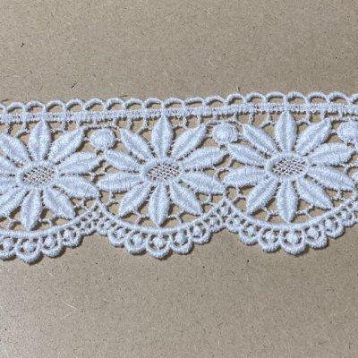 画像3: 綿ケミカルレース オフホワイト 幅5.5cm 花柄 1m