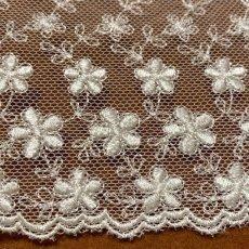 画像5: チュールレース オフホワイト 幅10.4cm小花柄 1m巻! (5)