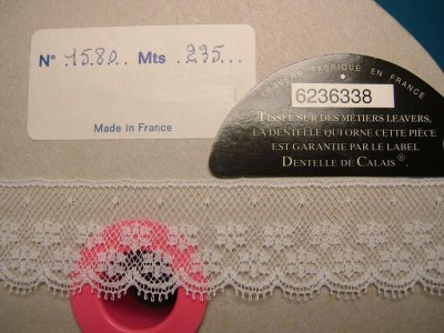 画像1: 1m幅2.4cm美しいフランス製リバーレース オフホワイト