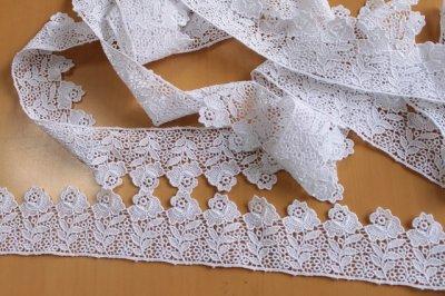 画像2: 1m!幅5cm 日本製バラのケミカルレース 白