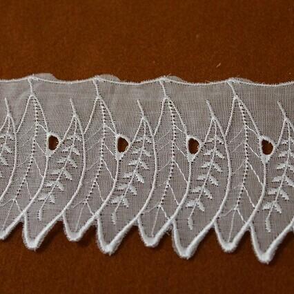 画像1: 激安13m!幅7.2cm葉柄オーガンジー刺繍レース ホワイト お襟に (1)