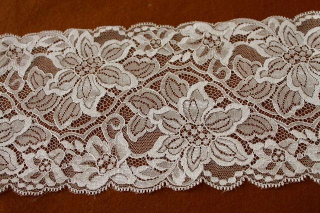 画像1: 5m!幅14cm光沢のある糸を使用した美しいラッセルレース オフホワイト (1)