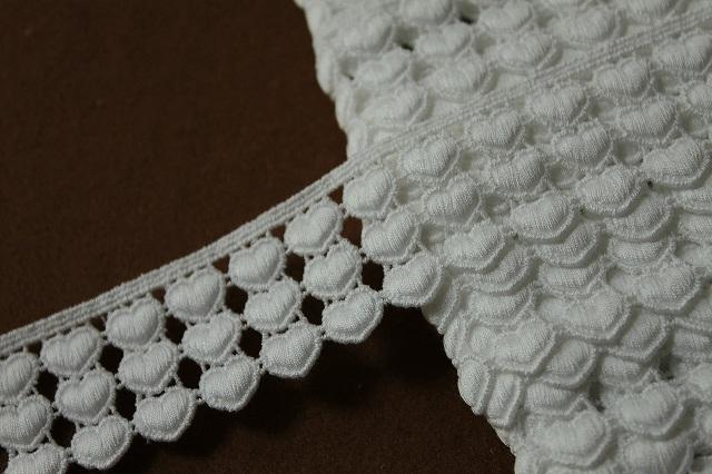 画像1: 約225枚!幅1.2cm可愛いハートの綿ケミカルレース オフホワイト (1)