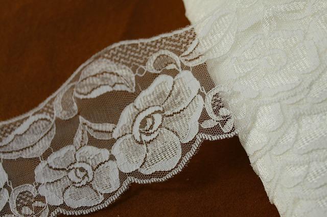 画像1: 10m!幅9.6cm美しい花柄ラッセルレース オフホワイト ウエディングベールに (1)