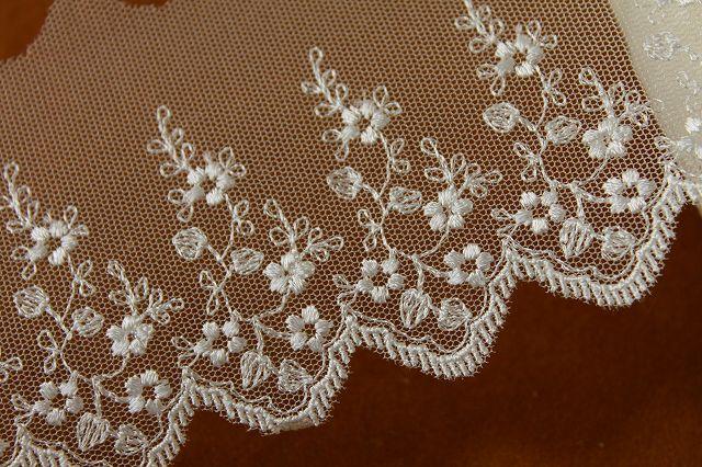 画像3: 6.5m!幅7.8cm美しい小花柄チュールレース オフホワイト