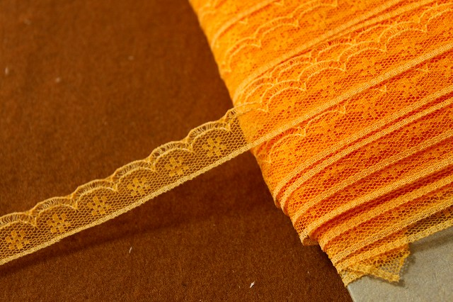 画像1: 5m!幅1.4cm小花柄ラッセルレース オレンジ (1)