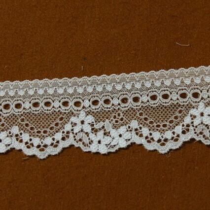 画像1: ラッセルストレッチレース オフホワイト 10m巻!幅4.7cm美しいリボン通し (1)