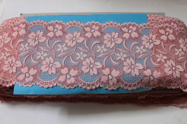 画像1: 送料無料!46m!幅12.6cm美しい花柄ラッセルストレッチレース ピンク (1)