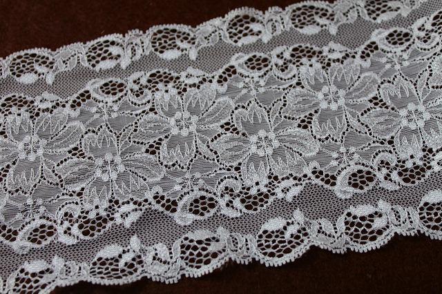 画像1: 5m!幅13.8cm光沢のある花柄ラッセルストレッチレース オフホワイト (1)