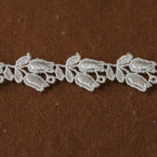 画像1: ケミカルレース オフホワイト 幅1.6cmスズラン柄 3m巻! (1)