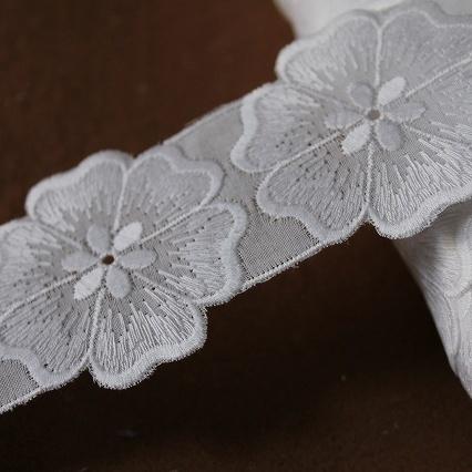 画像1: 15枚!幅4.9cmお花モチーフ綿レース ホワイト (1)